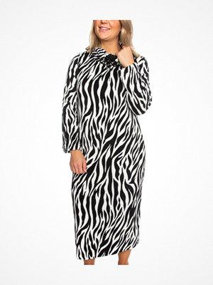 Trofé Trofe Silk Fleece Dress Robe Zebra