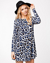 Klänningar - River Island Leopard Smock Dress