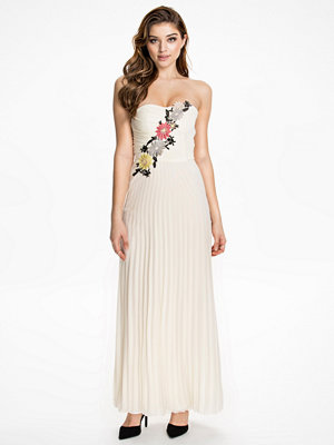 Elise Ryan Flower Embellished Maxi Dress Cream