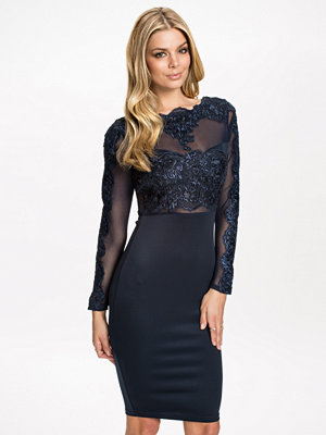 Ax Paris 3/4 Sleeve Detail Bodycon Dress