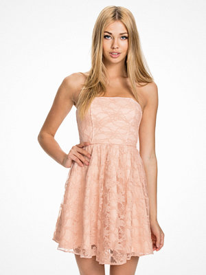 John Zack Lace Bandeau Dress Mörk Rosa