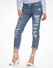 Miss Selfridge Shredded Boyfriend Jeans