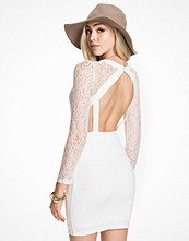Club L Lace Strap Keyhole Back Detail Bodycon
