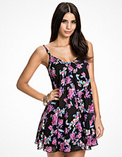 NLY One Floral Shift Dress