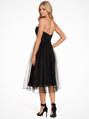 NLY Eve Sweetheart Chiffon Dress Svart