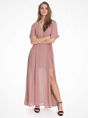 Glamorous V-Neck Tie Waist Maxi Dress Dusty Pink
