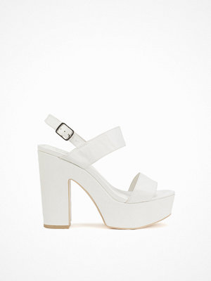 NLY Shoes Platform Chunky Sandal Vit