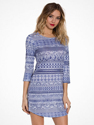 NLY Trend Love Yourself Dress Paisley