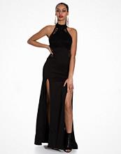 TFNC Jeena Maxi Dress Black