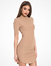NLY Trend Short Sleeve Midi Dress