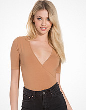 Topshop 1/2 Sleeve Wrap Front Body