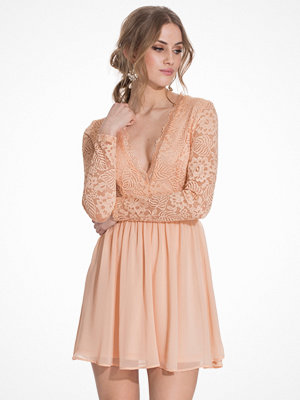 NLY Trend Scalloped Lace Prom Dress Peach