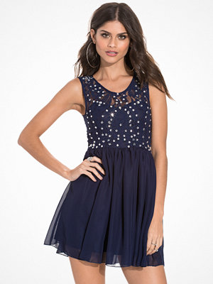 NLY One Jewelery Skater Dress Navy