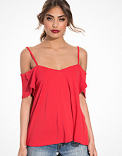 NLY Trend Open Shoulder Frill Top