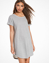 NLY Trend Sweat T-shirt Dress