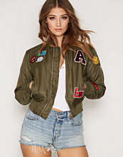 Sisters Point Lusa Patch Jacket