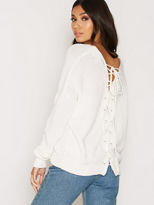 NLY Trend V-Back Lace Up Knit Vit