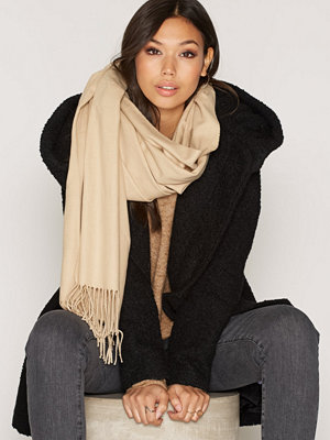 Halsdukar & scarves - NLY Accessories Classy Solid Scarf Beige