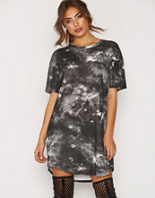 NLY Trend Washed Out Tee Dress
