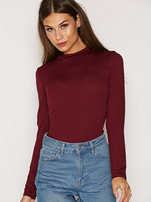 NLY Trend Feeling Free Polo Top Burgundy