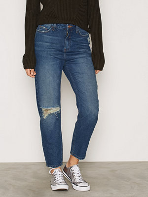 New Look Ripped Knee Mom Jeans