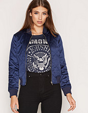 New Look Diamond Quilted Padded Bomber Jacket