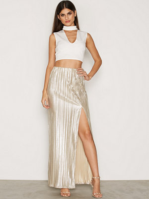 NLY One Pleated Foil Maxi Skirt Guld