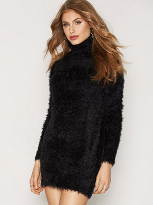 NLY Trend Fluffy Long Turtle Knit