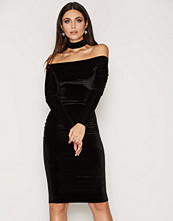 NLY One Off Shoulder choker Dress