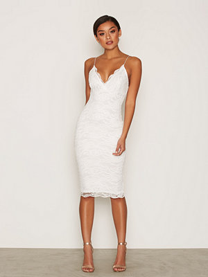 NLY One Scallop Lace Midi Bodycon