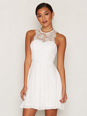 NLY One Upper Lace Flowy Dress