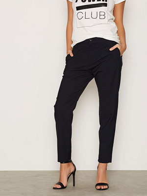 Hope svarta byxor Krissy Trouser Dark Blue