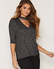 New Look Choker Neck 3/4 Sleeve Top