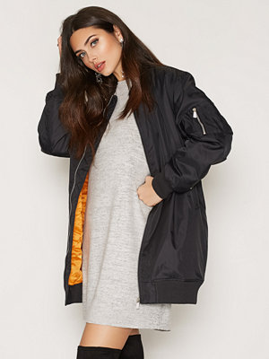 NLY Trend Perfect Long Bomber