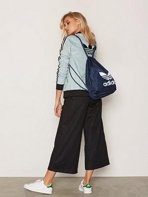 Adidas Originals marinblå ryggsäck med tryck Gymsack Trefoil Blå