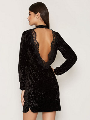 Sisters Point Nikola Dress Black