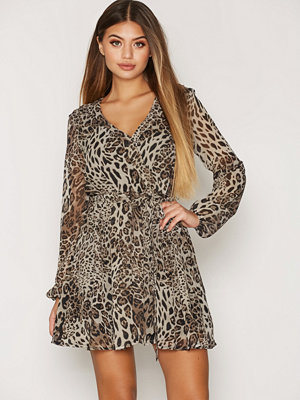 NLY Trend Wrapped Dress Leopard