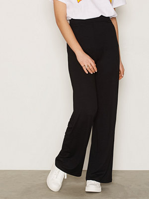 NLY Trend svarta byxor Basic Wide Pants Svart