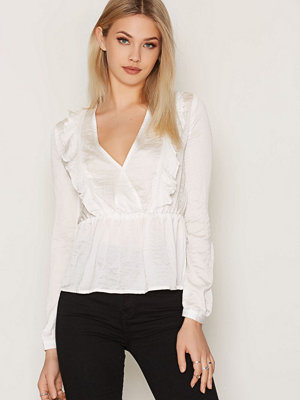 NLY Trend Romantic Waist Blouse