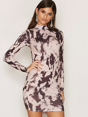 NLY Trend Printed Turtleneck Dress