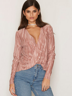 NLY Trend Pleated Wrap Top Rose