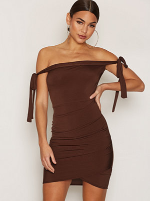 NLY One Tie Detail Dress Brun