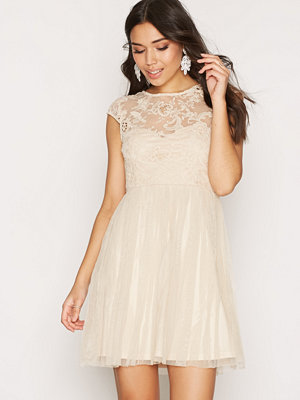 NLY One Follow Me Lace Dress Champagne