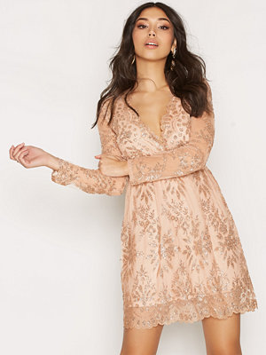 NLY Trend Exclusive Dress Champagne