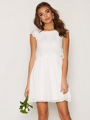 NLY One Scallop Lace Skater Dress Vit