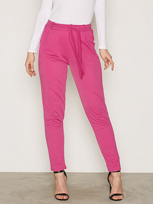 NLY Trend rosa byxor Dressed Tie Pants Pink Fuchsia