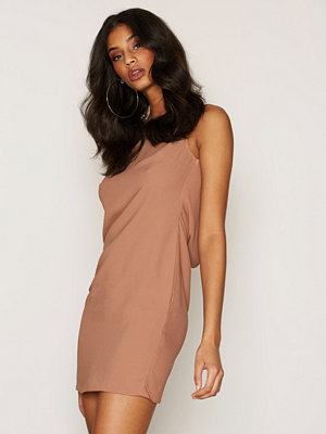 NLY One Scoop Back Dress Camel