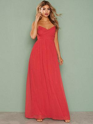 NLY Eve Dreamy Wrap Gown Röd
