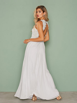 NLY Eve Lace On Top Gown Ljus Grå