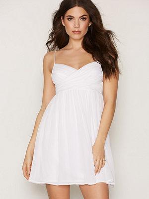 NLY Trend Dreamy Wrap Short Dress Vit